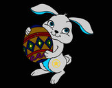Desenho Coelho com ovo Páscoa pintado por cras