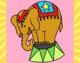 Desenho Elefante a actuar pintado por Cello
