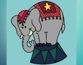 Desenho Elefante a actuar pintado por Sarabi