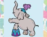 Desenho Elefante pintado por LLL321