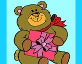Desenho Urso com presente pintado por jabuti